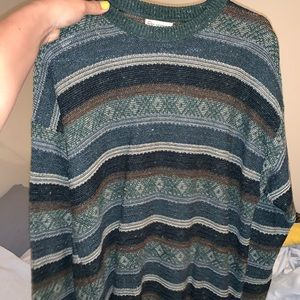 Vintage style sweater